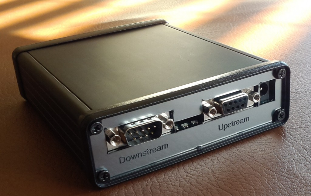 Showing Upstream and Downstream RS232 Ports